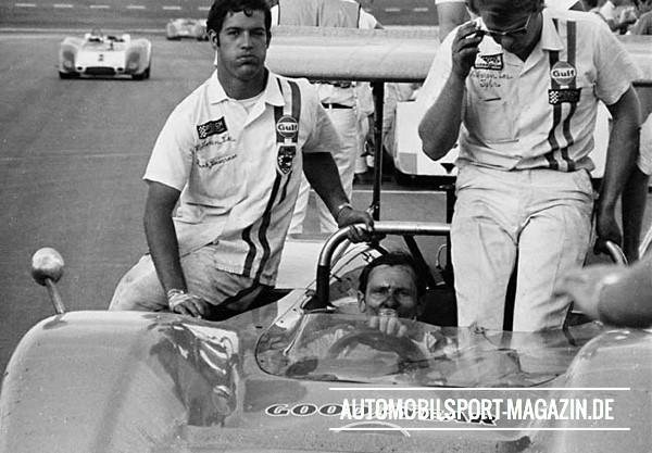 2-FrankZ(atLeft) CA69Tex McLaren4d